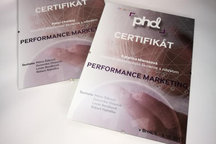 PHD certifikáty A4
